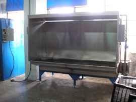 供应喷漆水帘柜厂家图片