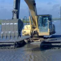 供应水陆挖机出租