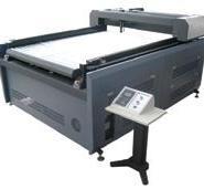 民间工艺剪纸激光切割机图片
