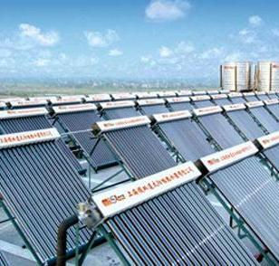 强制循环分体承压别墅式太阳能热图片