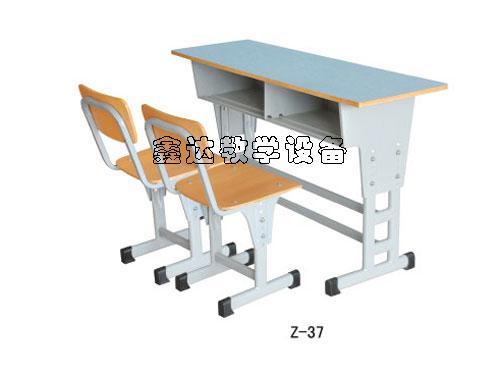 供应智力课桌椅