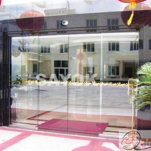 朝阳区安装玻璃门图片