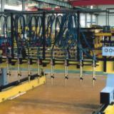 供应风塔成套焊接生产线、滚轮架