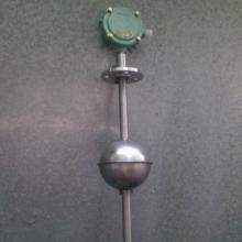 供应卫生级水位控制器 304不锈钢液位控制器 水箱水泵液位控制开关图片