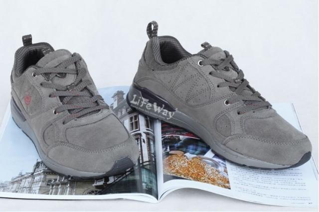 男士/供应超轻休闲鞋徒步鞋男士图片