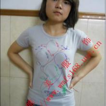供应个性休闲服装批发,特价男女T恤唯美服饰最时尚女士韩版T恤个性批发