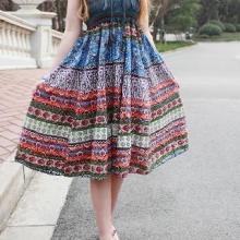 供应波西米亚长裙低价批发时尚情侣装十三行库存休闲短裤批发波西米亚