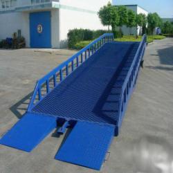 供应登車橋移動式液壓登車橋