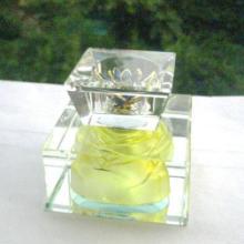 供应广艺水晶香水瓶车载水晶香水座水晶香水瓶那里生产