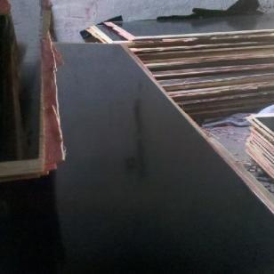 建筑模板覆膜板供货商图片