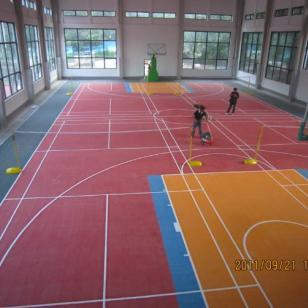 沙坪坝区塑胶篮球场施工图片