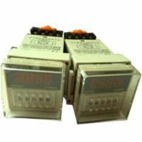 小型继电器