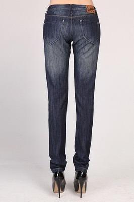 供应便宜的牛仔裤厂家批发图片