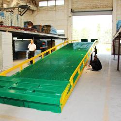 供應叉車裝卸貨專用移動式裝車平台廠家