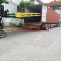 供应江门集装箱移动登车桥如何订购   找三良机械生产厂家