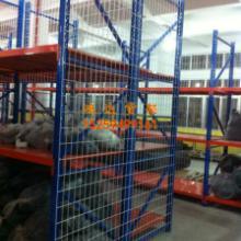 供应石狮服装展架石狮服装储物货架图片