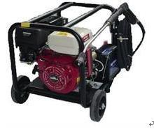 供应地板隔栅及车体喷涂撬板除锈清洗机,超高压1000公斤清洗机批发