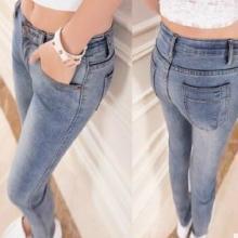 摆地摊牛仔裤批发便宜牛仔裤