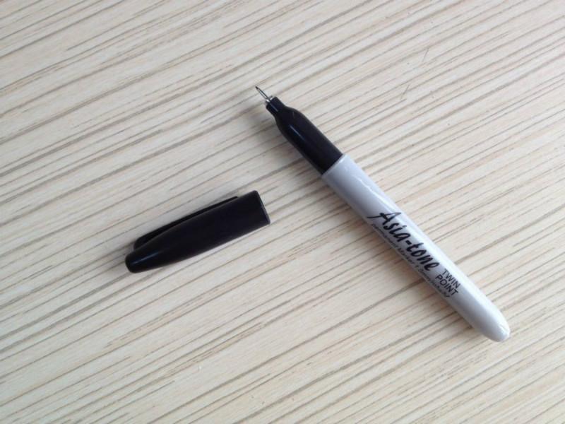 极细油性笔超细油性记号笔
