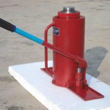 供应一体式油压千斤顶图片