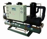 水冷螺杆式工业制冷机组图片
