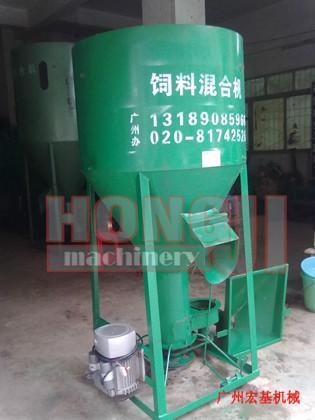 供应广州立式饲料搅拌机 广东单相电饲料搅拌机 搅拌混合机,饲料混合机