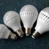 供应led节能灯塑壳球泡厂家批发价格