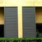 开封百叶空调围栏,锌钢空调栏杆,喷塑飘窗围栏,锌合金百叶窗样式多,价格优惠