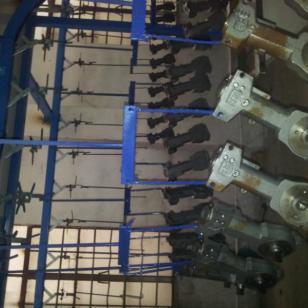 DISK静电喷漆机-地弹簧喷漆设备图片