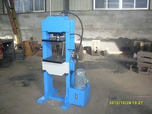 供应20t龙门压力机 20吨龙门压力机产品 双柱液压机 滕州万合