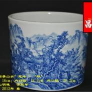 景德镇陶瓷笔筒手绘青花图片