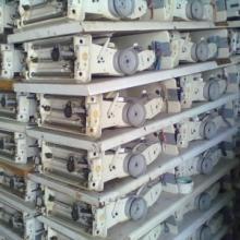 供应山东枣庄市哪有卖裁缝加工设备的衣服皮革皮具加工设备