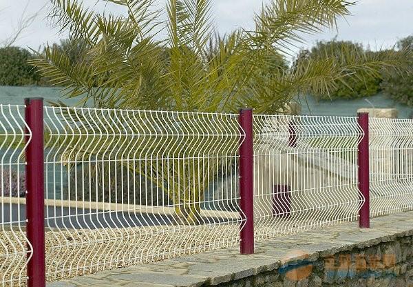 供应花园折弯护栏网
