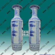 供应优质瓷器 青花山水花瓶 大花瓶订做