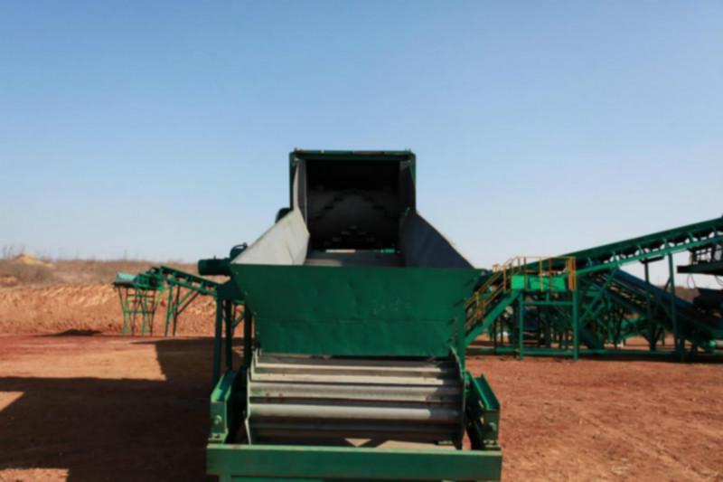 供应垂直式垃圾压缩设备垃圾中转站