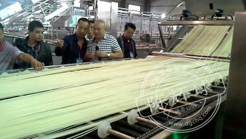 桂林米粉加工设备_桂林米粉加工设备厂家_陈辉球20年经验
