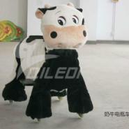 儿童游乐乘骑奶牛造型毛绒电瓶车图片