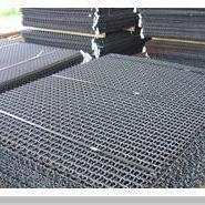 供应山东护栏网现货、铁路防护、钢丝网
