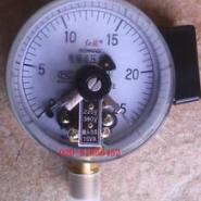 电接点压力表图片