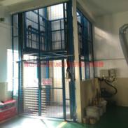西安链条导轨式货梯供货商图片