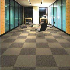 供应办公方块地毯价格/郑州PVC方块地毯