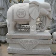 雕刻石材大象图片