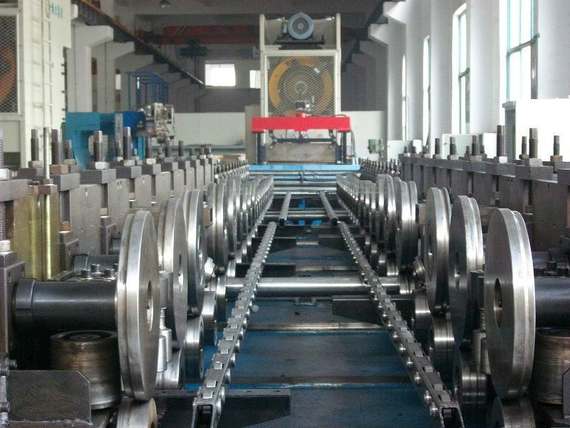 电缆桥架生产线