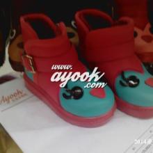 供应儿童雪地靴ayook.com皮面儿童雪地靴批发2014年新款童靴批发
