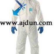 化学品防护服图片