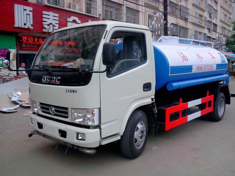 供应浙江金华5吨10吨绿化洒水车报价