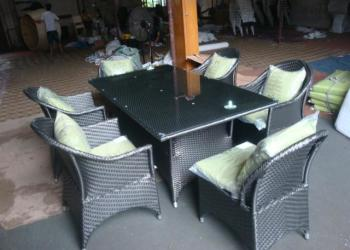 家庭客厅阳台桌椅组合藤编户外家具图片