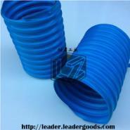 TPU钢丝伸缩蓝管图片