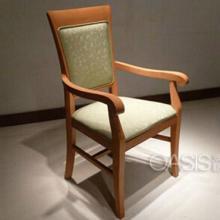 供应实木扶手餐椅厂家专业定做