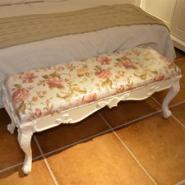 尚缇伊床尾凳实木雕花床边换鞋凳图片